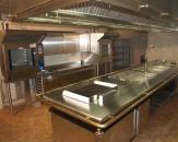 Nerūdijančio plieno stalai, gartraukiai, lentynos ir spintelės